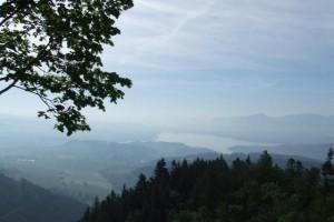 Pohľad zo Sielnického hradu na Liptovskú kotlinu