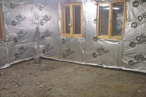 Veľká izba pripravená na betónovanie
