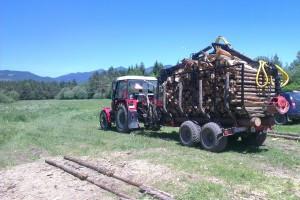 Rozvoz palivového dreva urbárnou súpravou